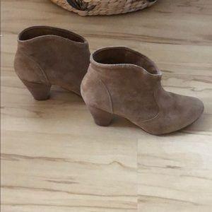Suede boots kitten heel size 6.5